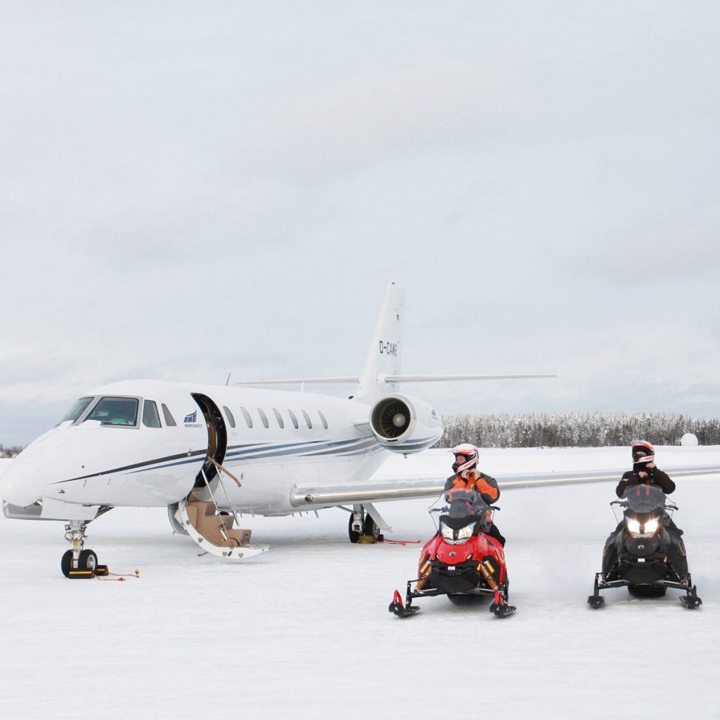 Private Jet to snowmobile Lapland